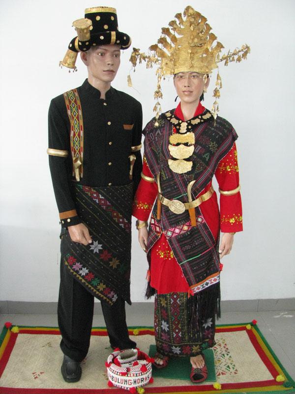 Pakaian Adat Mandailing